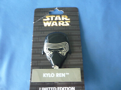 STAR WARS   Disney Pin KYLO REN  Limited Edition  Larger NEW on card