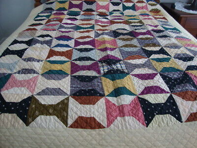Vintage Hand Quilted Bow Tie Quilt