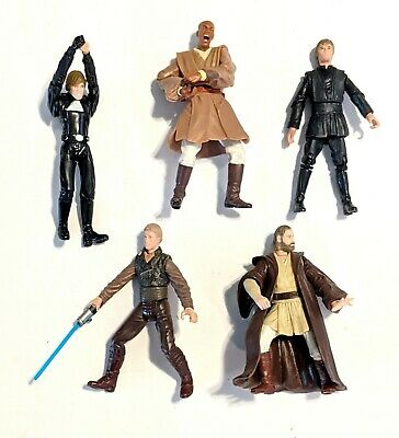 CHOOSE 1: 2002-2004 Star Wars Saga Series Action Figures * Hasbro