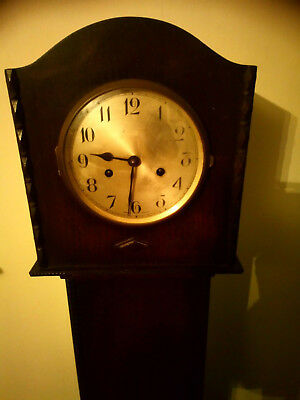 Grandaughter Clock Made in England Has chimed but lost key