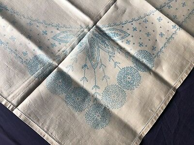 Vintage Cream Irish Linen Floral Transfer Printed Table Cloth For Embroidery