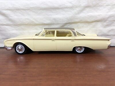 Vintage 1961 Hubley Ford Sedan Advertising Promo Concept Car Friction Toy