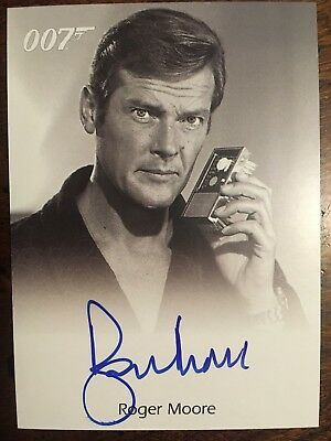 James Bond In Motion Full Bleed Autograph Card Roger Moore