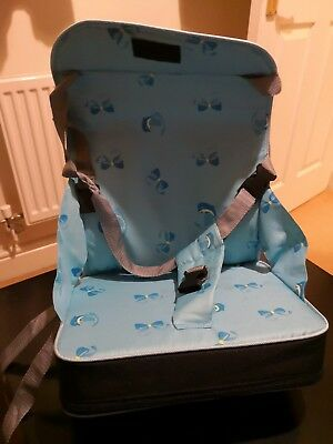 5 Point Harness Travel Booster Seat, Black and blue.