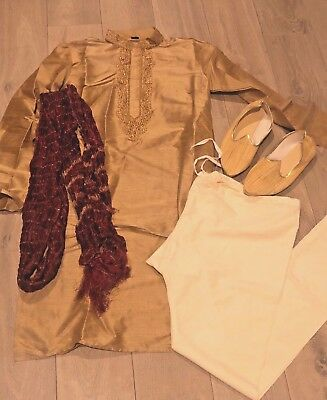 Men's Indian Bollywood style silk outfit size 36