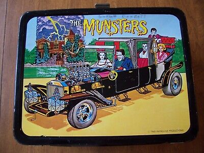 Vintage 1965 MUNSTERS lunch box has BRIGHT & CLEAN  GLOSSY LOOK * NICE *