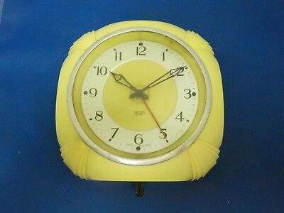 Vintage Antique Smiths yellow ?? Bakelite?? wall Clock Made in England Art deco