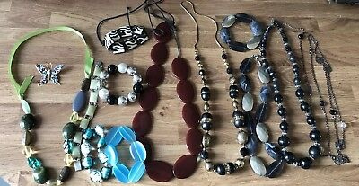 job lot of vintage necklaces beads Old Retro Lovely Beads Here Butterfly Pin