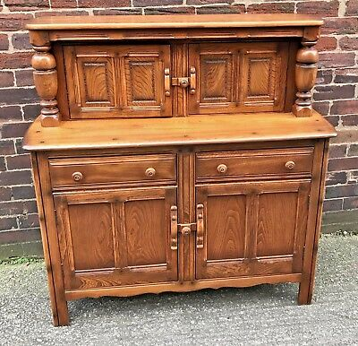 Bargain Superb Quality Ercol Court Cupboard Dresser Sideboard Golden Dawn
