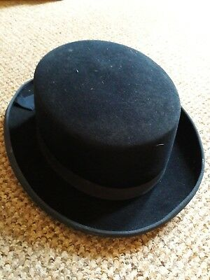 The Hatter showing livestock/horse ladiew new hat size 56