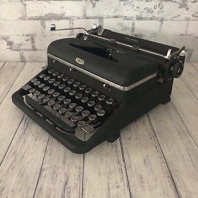 Vintage Royal Quiet Deluxe Portable Typewriter With Case 1930s Works Glass Keys