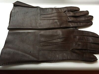 Vintage Brown Hand Made Hand Stitched Mid Length Leather Gloves