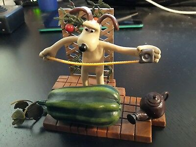 "Wallace and Gromit 6"" Action Figure Gromit Measuring Watermelon"