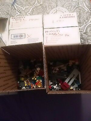 10+ Random Lego minifigures lot/bundle