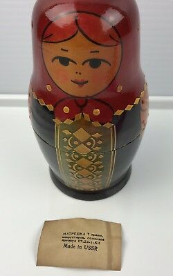 Russian Matryoshka Nesting Dolls Made in USSR Russia 7 pieces Vintage