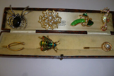 Vintage Jewellery A Pretty Mixed Job Lot Of Brooches Pins Various Eras