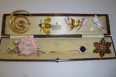 Vintage Jewellery A Delightful Mixed Job Lot Of Brooches Pins Various Eras