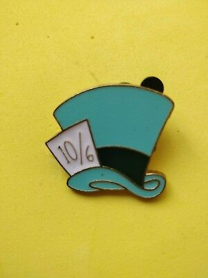 .Disney trade pin Mad hatters blue hat  alice in wonderland( COMBINE THE P&P)16