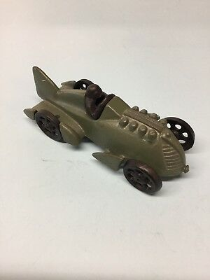 VINTAGE HUBLEY CAST IRON ARCADE BOAT TAIL RACE CAR WITH DRIVER Jm201
