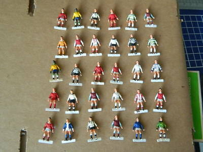 VINTAGE-1970s-SUBBUTEO - JOB LOT OF CLASSIC H/W PLAYERS - FOR RESTORATION X 30