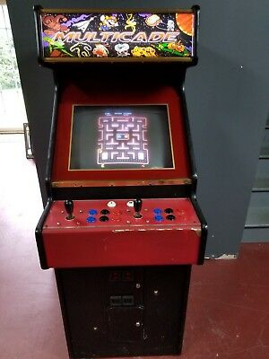 Arcade Machine plays 999 games from PacMan to Street Fighter, Galaga