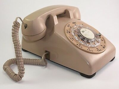 Vintage Western Electric Rotary Dial Desk Top Phone 1958