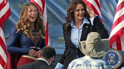 Melissa Benoist Lynda Carter Rare New Supergirl Super Girl Tv Show 8X10 Photo
