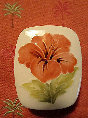 Moorcroft Pottery Coral Hibiscus on Ivory Ground Pattern Pin Trinket Box