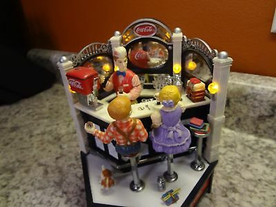 New Enesco Coca Cola Old Fashioned Soda Shoppe Multi-Action/Lites Music Box