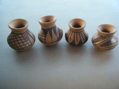 VINTAGE Hand Painted MEXICO Latin American Miniature Art POTTERY POTS ~ Lot Of 4