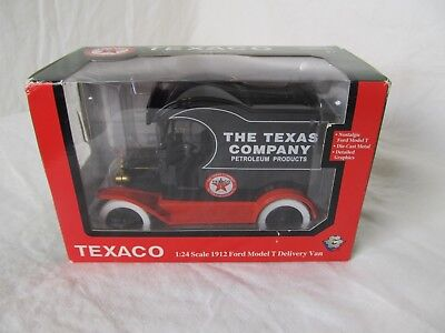 New Texaco 1:24 Scale 1912 Ford Model T Delivery Van by Gearbox Toys
