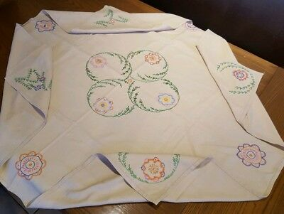 "Hand Embroidered Table Cloth, Vintage, Dark Cream, Floral Garlands *VGC* 45""x45"""