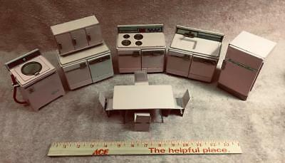 Vintage 1950s tin litho 10 piece pink kitchen set, very rare toy set, Japanese