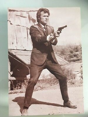Postcard CLINT EASTWOOD 70s film movie star actor Dirty Harry