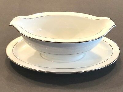 NORITAKE BUCKINGHAM PLATINUM #6438 WHITE CHINA GRAVY BOAT w/ ATTACHED UNDERPLATE
