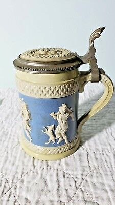 "vintage Mettlach lidded beer stein #171   Approximately 5"" tall"