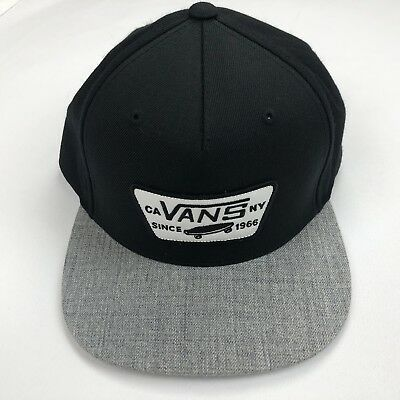 f3d58a9c312 Vans Mens Baseball Cap Hat Snapback Black Gray White Patch One Size