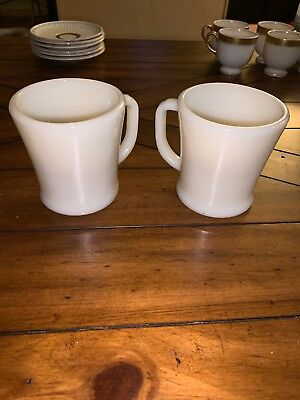 Pair Of Vintage Anchor Hocking Fire King D Handle Milk Glass Coffee Cups Mug☕️