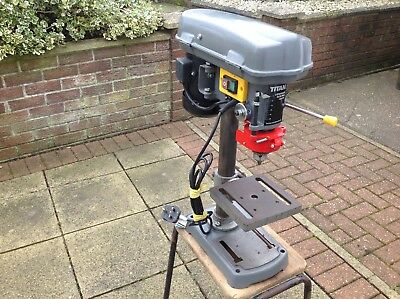 Titan 5 Speed Bench Pillar Drill TTB367DBT. Single Phase. Working. (sb)