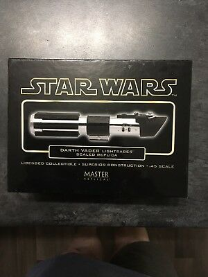 Star Wars Master Replicas .45 Scale Lightsaber Darth Vader Ep.IV - A New Hope