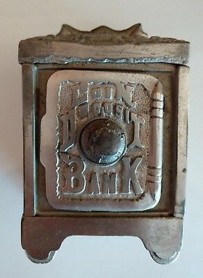 Small Cast Iron Coin Deposit Safe Bank By Grey Iron Casting Company - Cira 1915