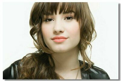 Poster Demi Lovato pop singer actor Club Wall Art Print 214