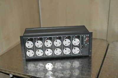 ZERO 88 BETAPACK 2  -  6 Channel Analog Control Dimmer w/ rack mounting - unit A