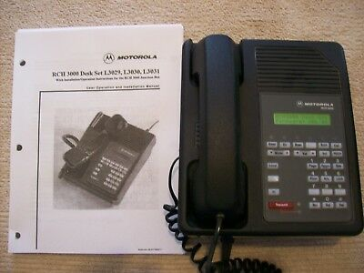 Motorola RCH3000 Two-way Radio Deskset L3030A / Power Supply & Install. Manual