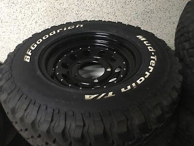 Land Rover Defender  5 wheels + tyres Modular 8x16 jantes + pneus mud