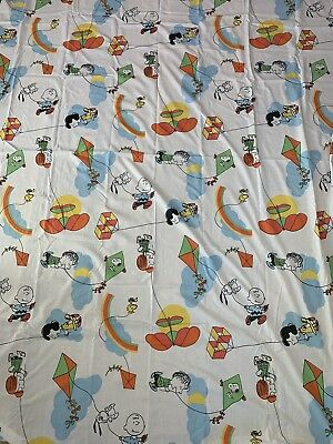 Vintage 60s Cartoon Twin Sheet Fabric Charlie Brown Snoopy Peanuts Rainbow Kite