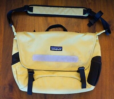 PATAGONIA HALF MASS Messenger Crossbody Bag LIME GREEN Excellent ... 265b3fff04927