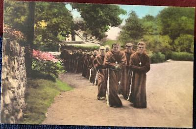 1940 YOUNG FRANCISCAN FRIARS PROCESSION POSTCRD AtonementGraymoorNY ELI WHITNEY