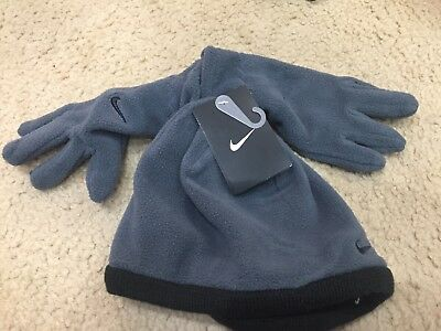 Boys Youth Size 8/20 Gray NIKE Winter Beanie Hat Gloves Set. Brand New.
