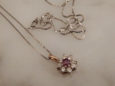 A Beautiful 9 Ct Gold Ruby And Gemstone Cluster Pendant And Chain